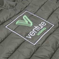 Plain Tribe fineline padded jacket 2786 Shell: 40gsm. Padding: 228gsm. Lining: 50 GSM