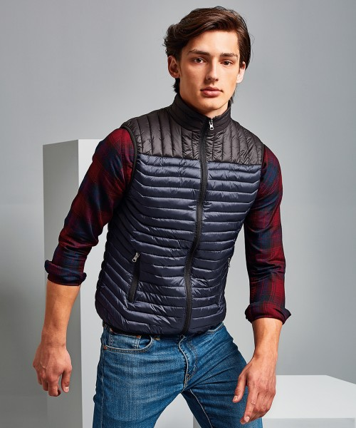 Plain Domain two-tone gilet Jacket 2786 Outer: 40. Lining: 50. Wadding: 250 GSM