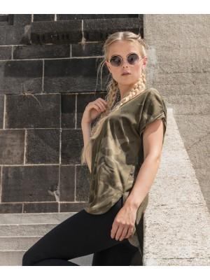 Plain Women's camo tee T-shirts Build Your Brand 140 GSM